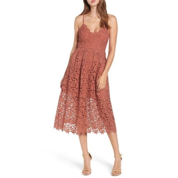 eac98f032f3b ASTR Lace Midi Dress
